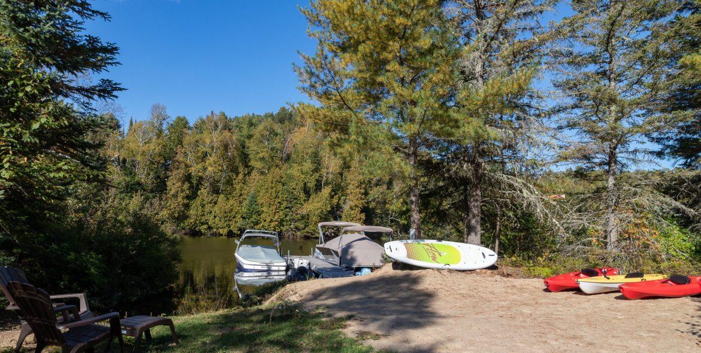L'accès au lac